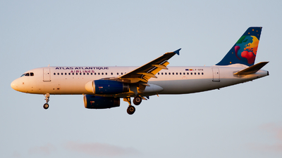 LY-SPB - Airbus A320-232 - Atlas Atlantique Airlines