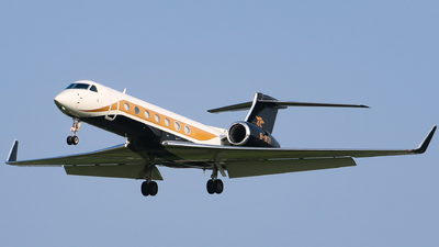 A picture of B8131 - Gulfstream G550 -  - © Li Ruixiang
