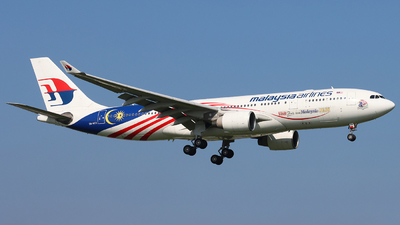 A picture of 9MMTX - Airbus A330223 - Malaysia Airlines - © Joost Alexander