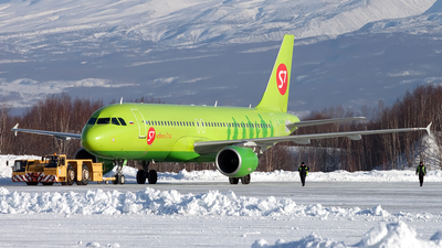 VQ-BRD - Airbus A320-214 - S7 Airlines