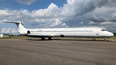 SE-RBE - McDonnell Douglas MD-82 - Untitled
