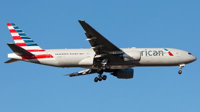 N784AN - Boeing 777-223(ER) - American Airlines