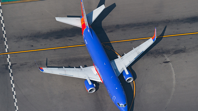 N613SW - Boeing 737-3H4 - Southwest Airlines