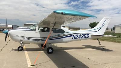 A picture of N2425S - Cessna T210L Turbo Centurion - [21061276] - © Jaiden