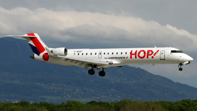 F-GRZF - Bombardier CRJ-701 - HOP! for Air France