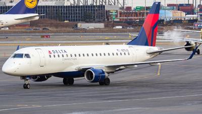 N210JQ - Embraer 170-200LR - Delta Connection (Shuttle America)