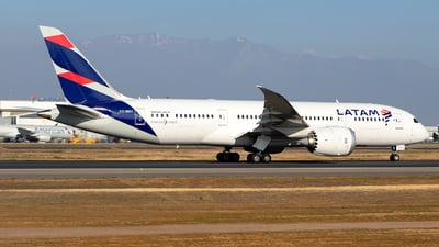 A picture of CCBBC - Boeing 7878 Dreamliner - LATAM Airlines - © MartinezRoe7