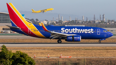 N428WN - Boeing 737-7H4 - Southwest Airlines