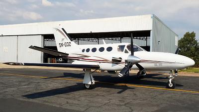 5N-GOD - Cessna 425 Conquest I - Private