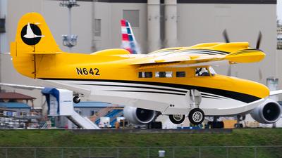 N642 - Mckinnon G-21C - Private