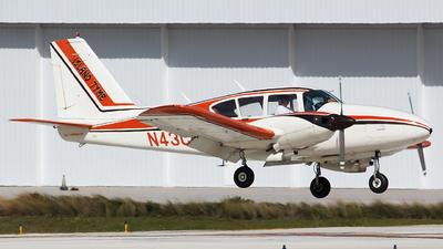 A picture of N43CC - Piper PA23250 Aztec - [272820] - © Orlando Suarez