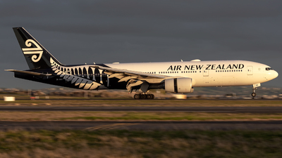 ZK-OKB - Boeing 777-219(ER) - Air New Zealand