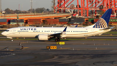 A picture of N67501 - Boeing 737 MAX 9 - United Airlines - © Xiamen Air 849 Heavy
