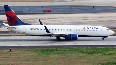 A picture of N3740C - Boeing 737832 - Delta Air Lines - © Brian T Richards