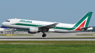 EI-DTK - Airbus A320-216 - Alitalia