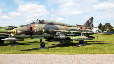 7819 - Sukhoi Su-22M4 Fitter K - Poland - Air Force