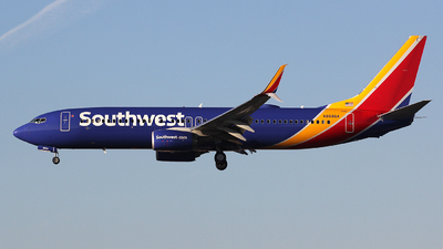 N8686A - Boeing 737-8H4 - Southwest Airlines