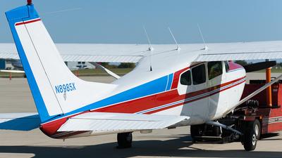 A picture of N8985X - Cessna 182D Skylane - [18253385] - © SpotterPowwwiii