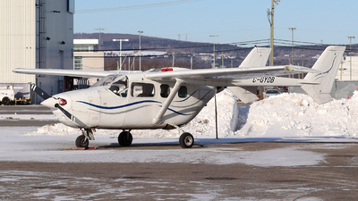 A picture of CGYOB - Cessna 337G - [33701780] - © Guy Langlois