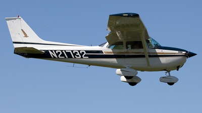 A picture of N21732 - Cessna 172M Skyhawk - [17263997] - © Hector Rivera - Puerto Rico Spotter