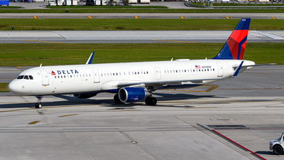A picture of N378DN - Airbus A321211 - Delta Air Lines - © Hector Rivera-HR Planespotter