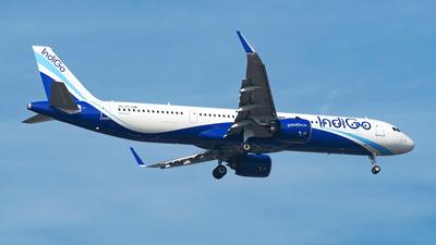 VT-IUW - Airbus A321-271NX - IndiGo Airlines
