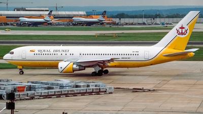 V8-RBD - Boeing 767-284(ER) - Royal Brunei Airlines