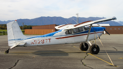 N9297T - Cessna 180C Skywagon - Private