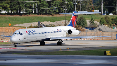 N921DL - McDonnell Douglas MD-88 - Delta Air Lines