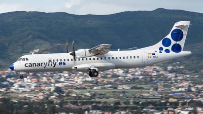 A picture of ECMHJ - ATR 72500 - CanaryFly - © Carlos Febles Escuela
