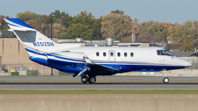 N252DH - Hawker Beechcraft 900XP - Private