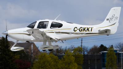 C-GKKT - Cirrus SR22-GTS - Private