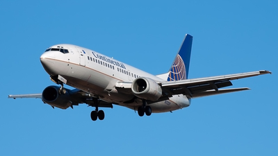 N17329 - Boeing 737-3T0 - Continental Airlines