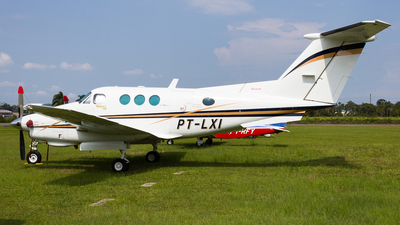 PT-LXI - Beechcraft F90 King Air - Private
