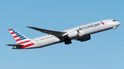 A picture of N823AN - Boeing 7879 Dreamliner - American Airlines - © Sebastian Thiel