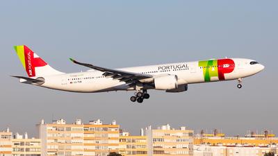 A picture of CSTUM - Airbus A330941 - TAP Air Portugal - © Carlos Miguel Seabra