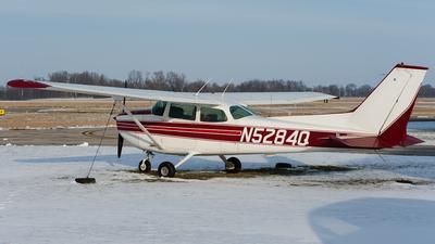 A picture of N5284Q - Cessna 172M Skyhawk - [17261776] - © SpotterPowwwiii
