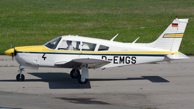 D-EMGS - Piper PA-28R-200 Cherokee Arrow II - Private