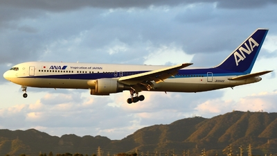 JA8322 - Boeing 767-381 - All Nippon Airways (ANA)