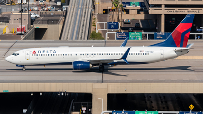 A picture of N900DU - Boeing 737932(ER) - Delta Air Lines - © Jake  Sevigny