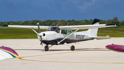 N1029F - Cessna 172N Skyhawk - Private