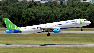 VN-A585 - Airbus A321-211 - Bamboo Airways