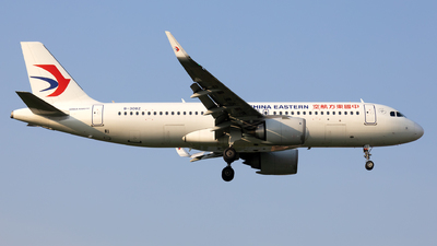 A picture of B308Z - Airbus A320251N - China Eastern Airlines - © XPHNGB