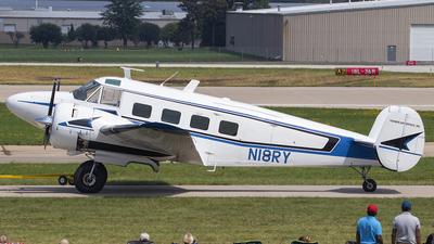 N18RY - Beechcraft E18S - Private