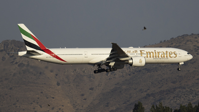 A picture of A6EGU - Boeing 77731H(ER) - Emirates - © Claudio Pérez