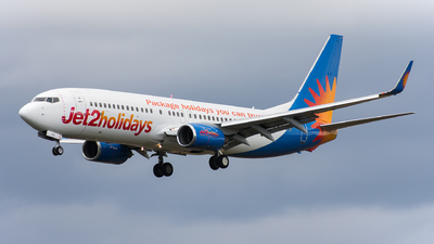A picture of GGDFU - Boeing 7378K5 - Jet2 - © Martin Hartland