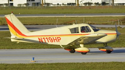 A picture of N119HP - Piper PA28140 - [2821570] - © Maximilian Gruber