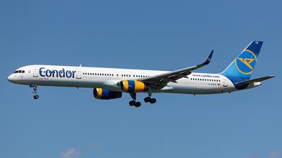 A picture of DABOE - Boeing 757330 - Condor - © Alexander Nieder