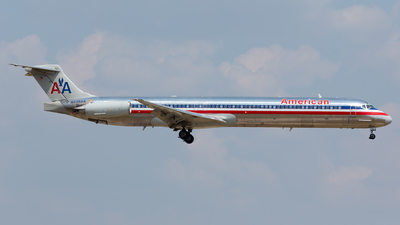 N438AA - McDonnell Douglas MD-83 - American Airlines
