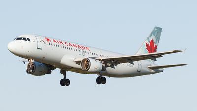 C-FDCA - Airbus A320-211 - Air Canada